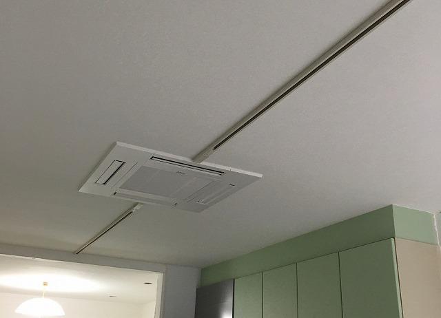 京都 サイン 照明 エアコン取付2.jpg