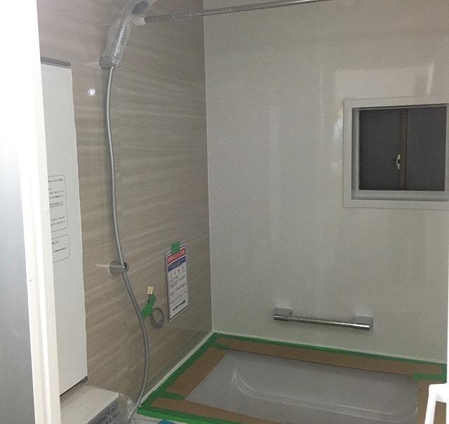京都 戸建リノベーション システムバス入替完了1.jpg